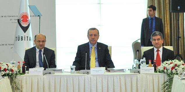 Priminister Recep Tayyip Edoğan, Minister of Science, Industry and Technology Fikri Işık, Tübitak President Yücel Altunbaşak
